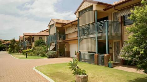 Retirement Villages in Robina, QLD | Over 55 Retirement Communities